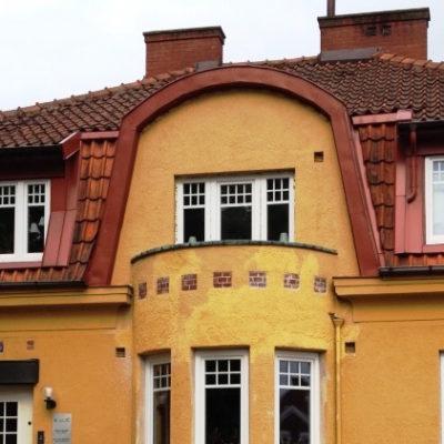 Plastfönster i gammalt hus