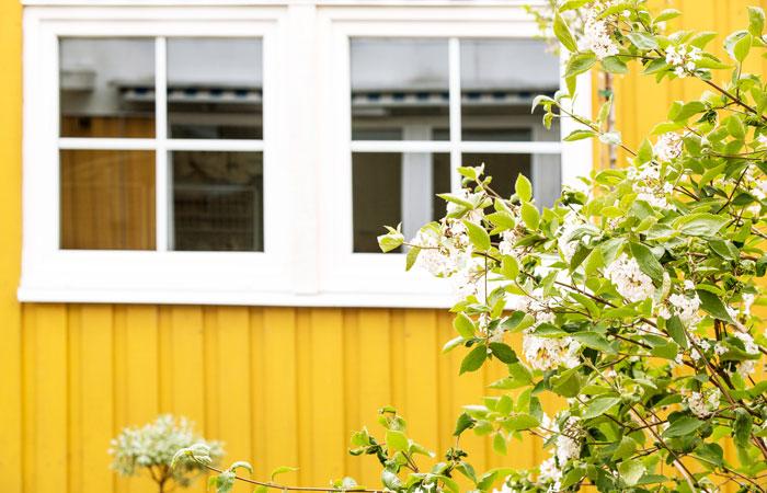 Fönster med minimalt behov av underhåll i PVC