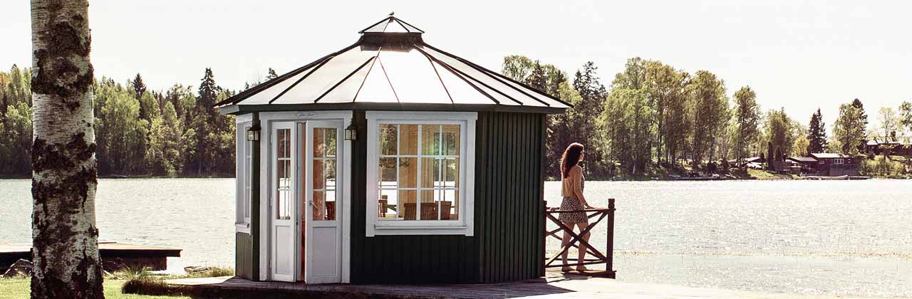 Lusthus med PVC Fönster Åtvidaberg